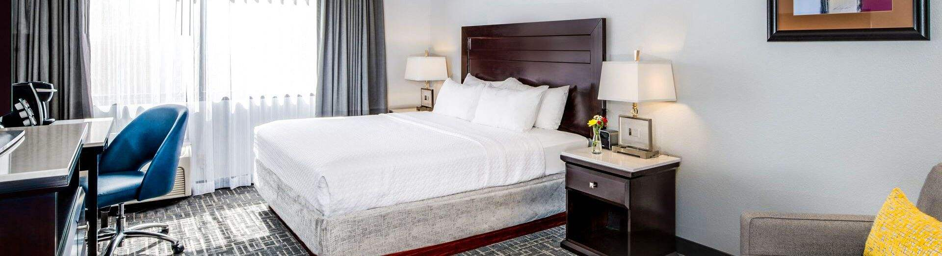 Crowne Plaza Milwaukee Airport, Wisconsin - Email Thanks